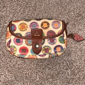 Dooney and Bourke change purse